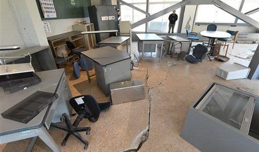 衝撃の爪痕生々しく 「震災ミュージアム」 東海大阿蘇キャンパス、保存工事完了---熊本日日新聞