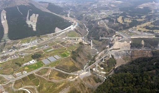 熊本地震から4年、インフラ復旧84% 県まとめ、道路や農地---熊本日日新聞