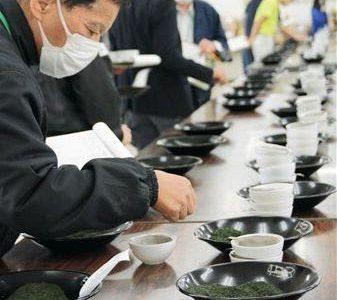 「香り良し、味良し」 熊本県産茶、今季初入札--熊本日日新聞