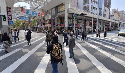 休業店舗増え街は閑散 熊本県内 緊急事態宣言拡大後、初の週末--熊本日日新聞
